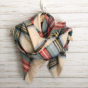 aerie by American Eagle plaid blanket scarf